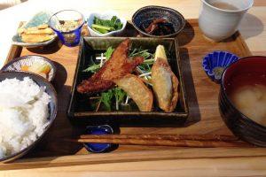 【札幌軟石 vol.03】『離島キッチン 札幌店』で島巡りしてみた