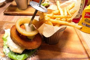 「ALLEYS NEW YORK 札幌北一条店」でハンバーガーを食べてみた