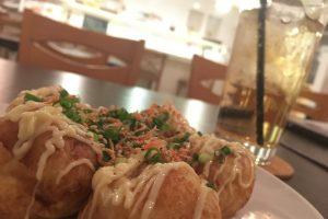札幌唯一!?の「たこ焼きカフェ」しろまりCAFEで絶品たこ焼きを食べてみた!